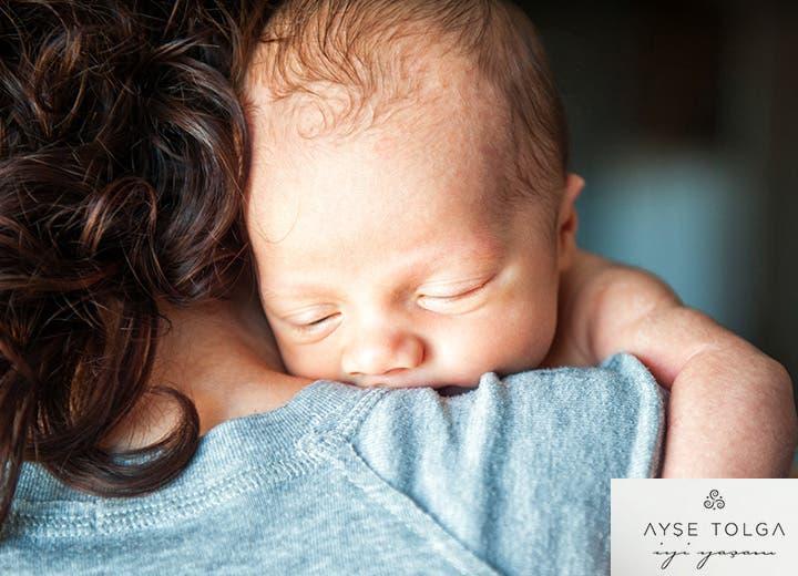 Yeni doğmuş bir bebek ne kadar uyumalı