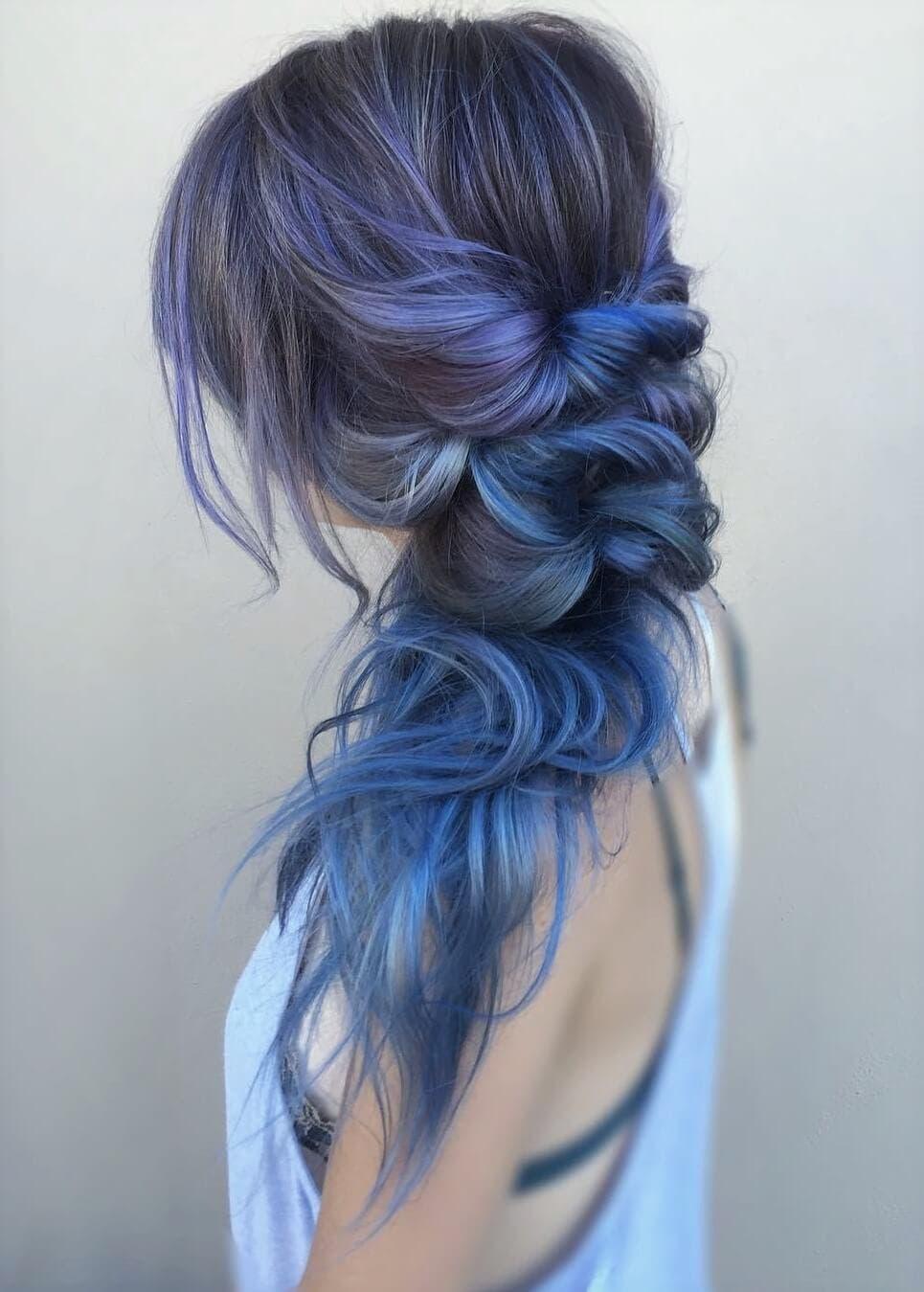çok Seveceğiniz 21 Mavi Saç Fikri
