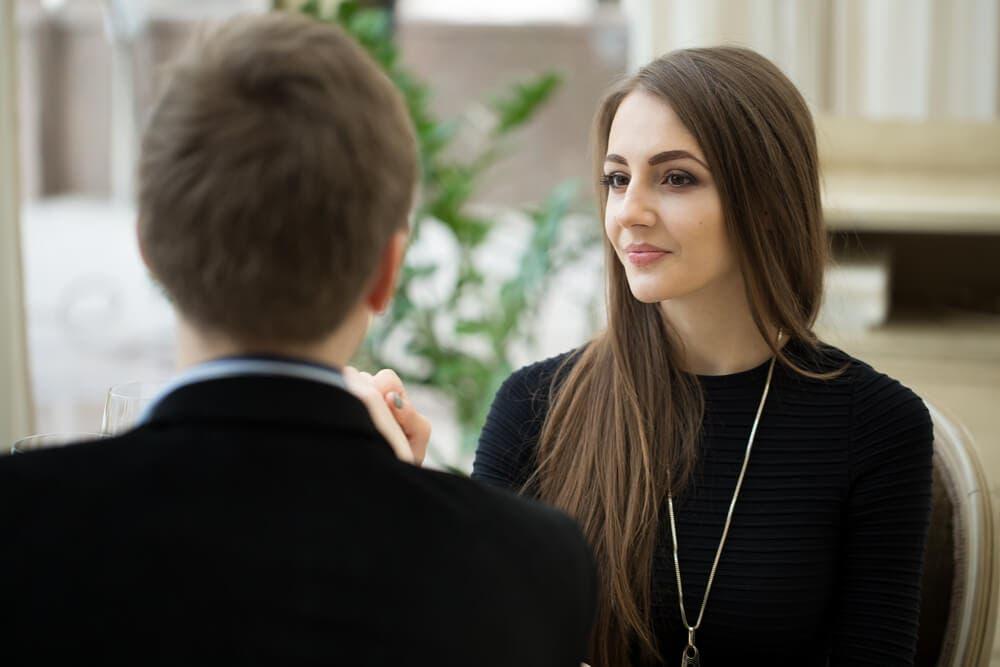 Neden başta hoşlanan kişiler sonradan ilişkiye hazır olmadıklarını söyler?