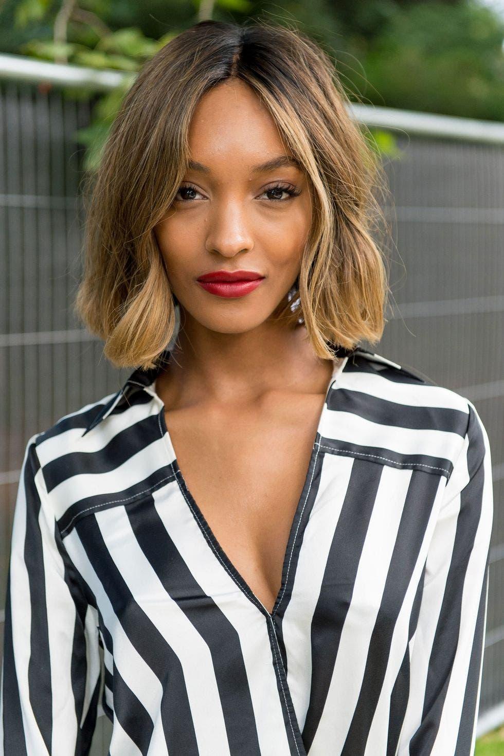 Düz Saçları Nasıl Daha Hacimli Gösterebilirsiniz