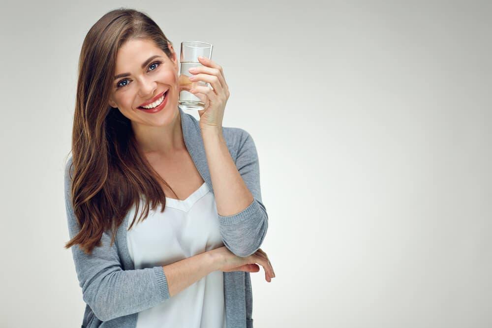 Yeterince su içmenin sağlığa bilimsel temelli faydaları