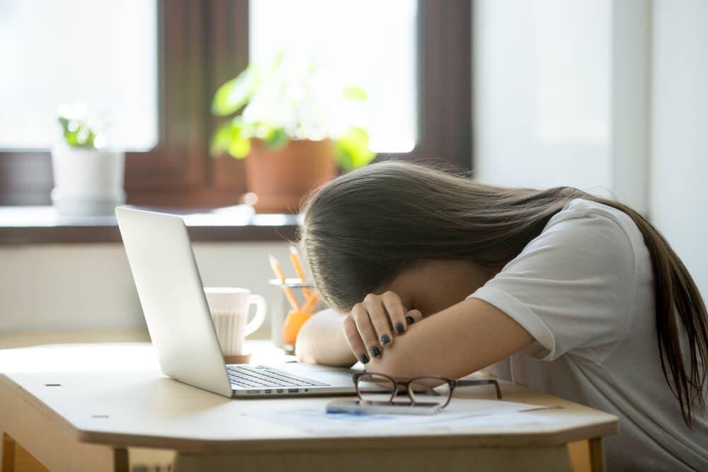 Uyku yoksunluğunun aşamaları – Uyku borcunun etkileri