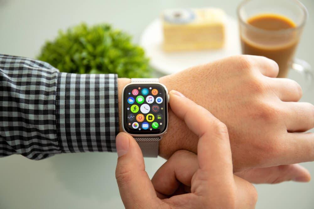 apple watch 6 akıllı saat