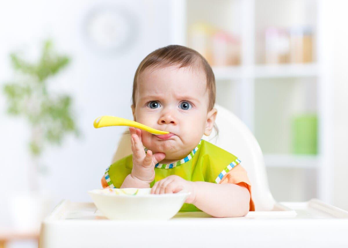 Bebeğinizi katı gıdaya başlatırken işinizi kolaylaştıracak 10 ürün 2021